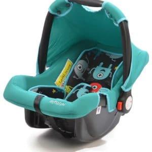 כסא בטיחות לרכב ומגוון בוסטרים